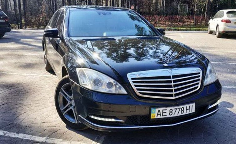 091 Mercedes-benz W221 S500 Black аренда с водителем - Київ 0