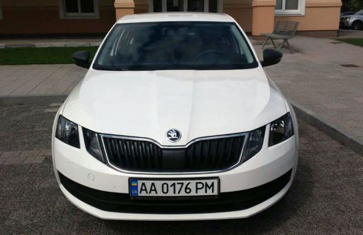 178 Skoda Octavia A7 новая аренда с водителем - Київ 1