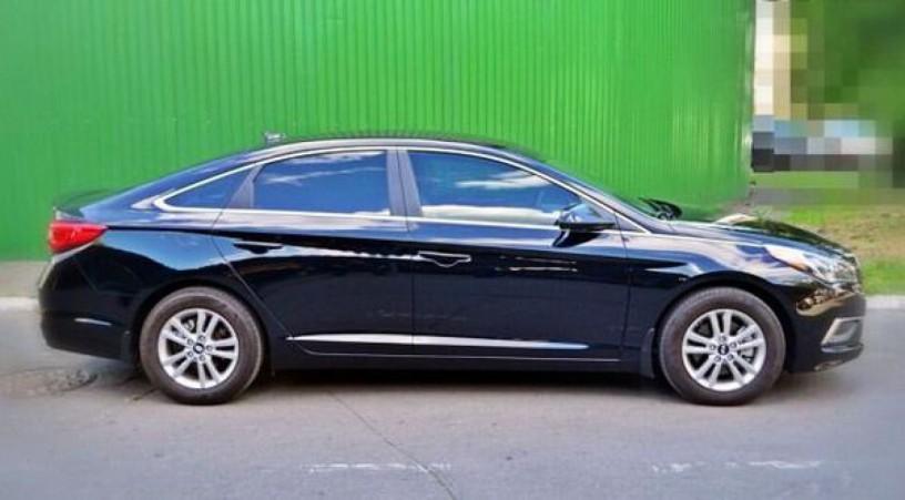172 Hyundai Sonata черная аренда с водителем - Київ 2