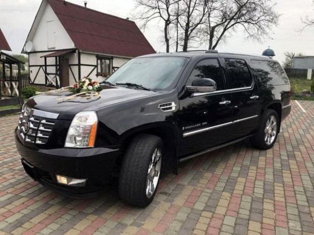 246 внедорожник Cadillac Escalade черный аренда с водителем - Київ 0