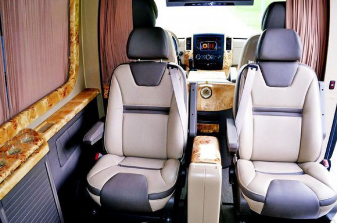 345 микроавтобус Mercedes Sprinter 218 черный Vip класса C водителем - Київ 5