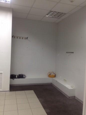 Без комісії продаю приміщення 183.5 кв.м.фасадний вхід - Київ 3