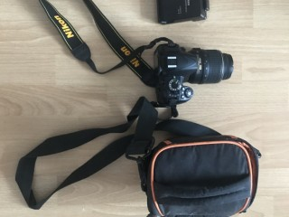 Зеркальный фотоаппарат Nikon D 3100 - полный комплект, пробег 2200 - Київ