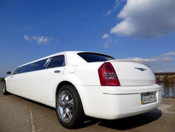 008 Лимузин Chrysler 300C Bentley Style - Київ 3